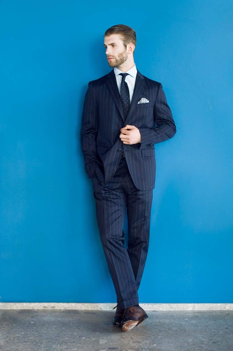 とりあえず揃えておきたい、王道ビジネスファッションのコーディネート4選 4番目の画像