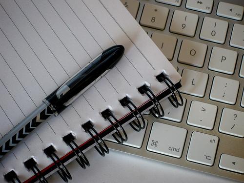 ビジネスマンの必須のスキル!文章力をつけるためにはルールを覚え、書いてみることが重要 1番目の画像