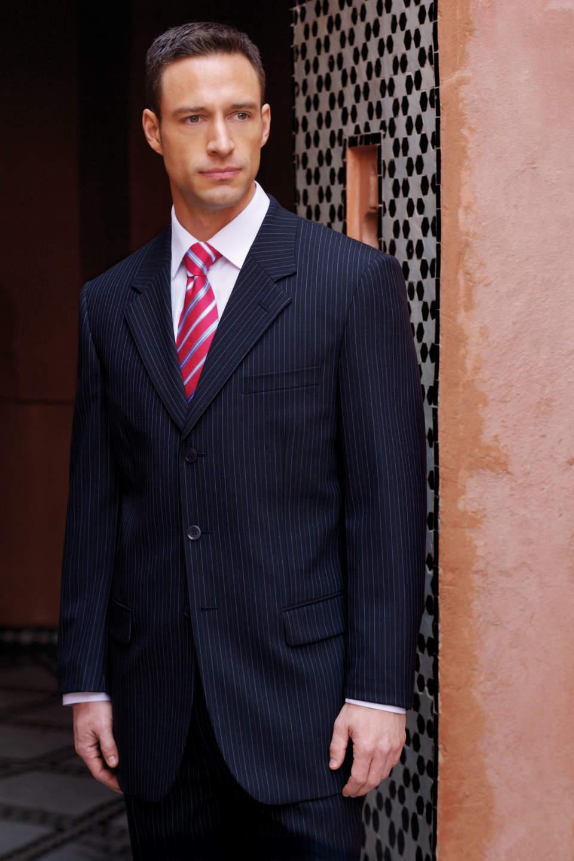 あなたのスーツ似合ってますか?体型別スーツの着こなし方のポイント 3番目の画像