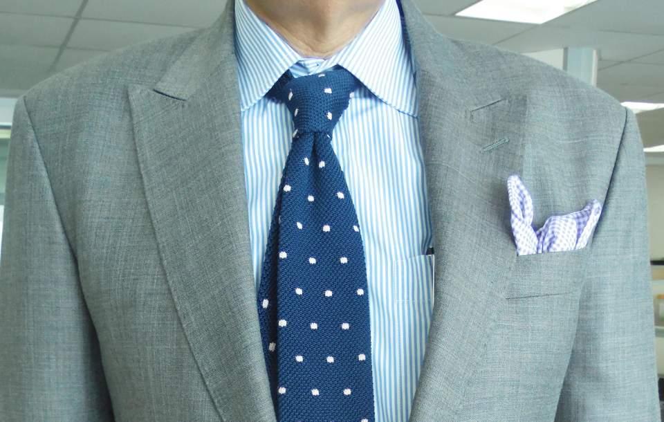 どのシャツに合わせるのがベスト?ビジネスマンなら知っておきたい、ニットタイの着こなしのいろは 4番目の画像