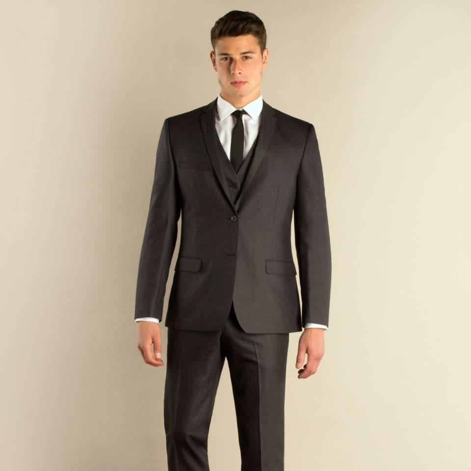 あなたにあったスーツは何?スーツ選びの参考にしたい、スーツスタイルの種類とタイプ 4番目の画像