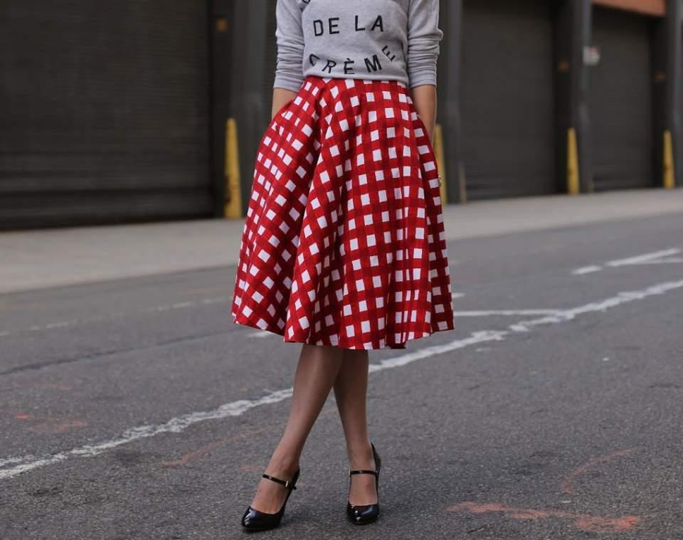 失敗したくないスカートの丈選び。今期おすすめはオフィスでも使えるミモレ丈 1番目の画像