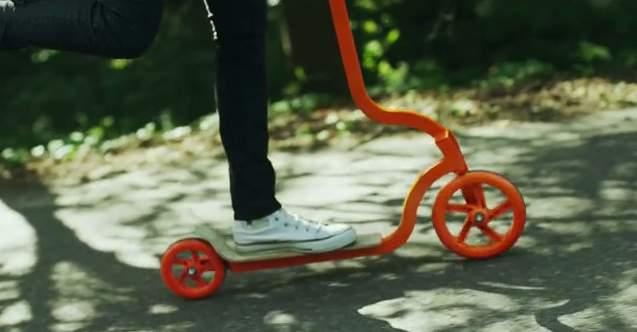 街を走ろう。 コンパクトに折りたためて持ち運びも便利な大人用キックスクーター「PIGEON」 1番目の画像