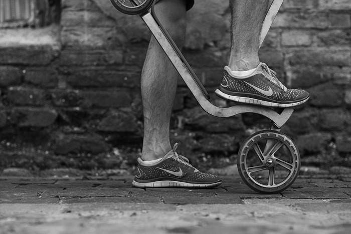 街を走ろう。 コンパクトに折りたためて持ち運びも便利な大人用キックスクーター「PIGEON」 3番目の画像