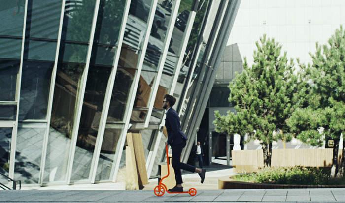 街を走ろう。 コンパクトに折りたためて持ち運びも便利な大人用キックスクーター「PIGEON」 5番目の画像
