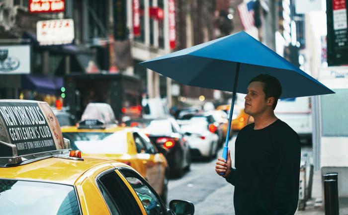 機能美とおしゃれを同時に追求したら全く新しい傘ができました。折りたたむと勝手に丸まる「Sa」 1番目の画像