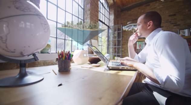 未来を感じろ。 3Dメガネ無しで3Dのホログラムを投影する次世代のプロジェクター「BLEEN」 4番目の画像