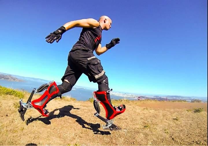 ウサイン・ボルトと同じ早さで走れる世界最速ブーツ「Bionic Boot」 1番目の画像