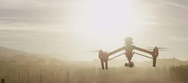 1km以上の飛行、高性能なカメラ、そして変形…かっこ良すぎる空撮ドローン「Inspire 1」 2番目の画像