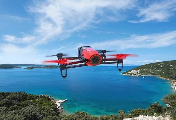 小型ドローンの王様! Parrot社が送り出す最新クアッドコプター「Bebop Drone」 1番目の画像