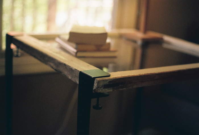 DIY感覚で楽しめる。あらゆる板を机に変える魔法の脚でオリジナリティ溢れるテーブルをつくろう 5番目の画像