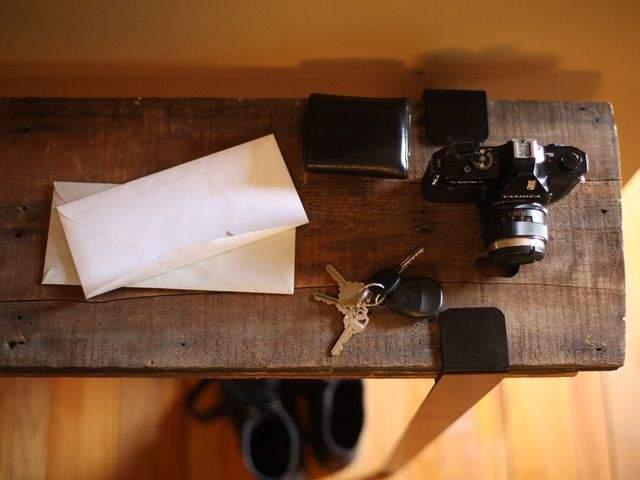 DIY感覚で楽しめる。あらゆる板を机に変える魔法の脚でオリジナリティ溢れるテーブルをつくろう 4番目の画像