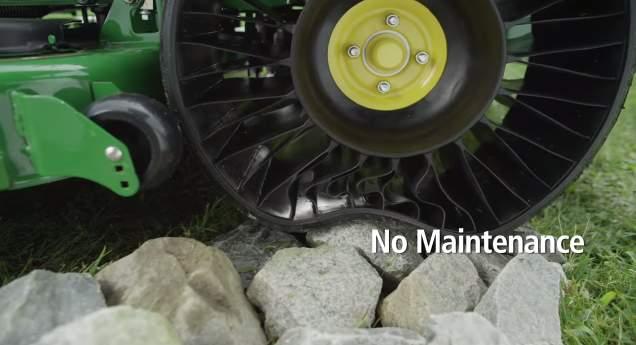 タイヤ業界に激震走る! 釘がささってもパンクしない変形タイヤ「TWEEL」 2番目の画像