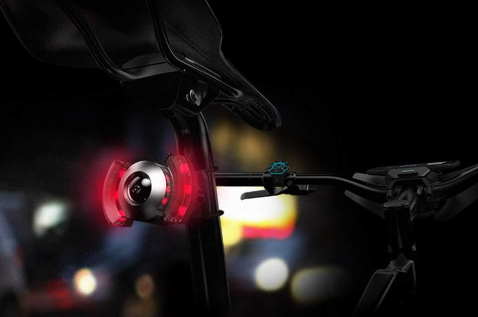 自転車をちょっと賢くする。取り付けるだけでスマート自転車を実現するガジェット「COBI」 4番目の画像