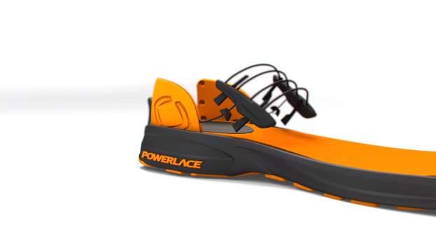 もうほどける靴紐とはおさらば。靴紐がないのに足にフィットするシューズ「Powerlace」 2番目の画像
