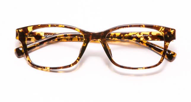 ちょっとレトロが今にぴったりの「クラシックメガネ」。大人のお洒落にどう活かす? 2番目の画像
