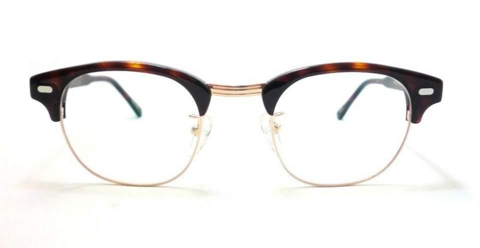 ちょっとレトロが今にぴったりの「クラシックメガネ」。大人のお洒落にどう活かす? 4番目の画像
