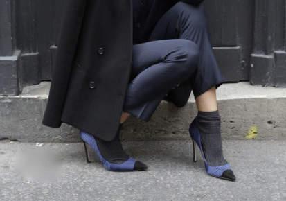 寒さでおしゃれはあきらめたくない! 「あったかくて今っぽい」真冬の足元スタイリング術 3番目の画像
