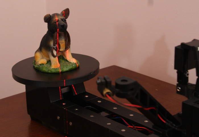 家庭用3Dスキャナーの常識を覆す! 安価なのに高性能なDIY3Dスキャナー「ATLAS 3D」 1番目の画像