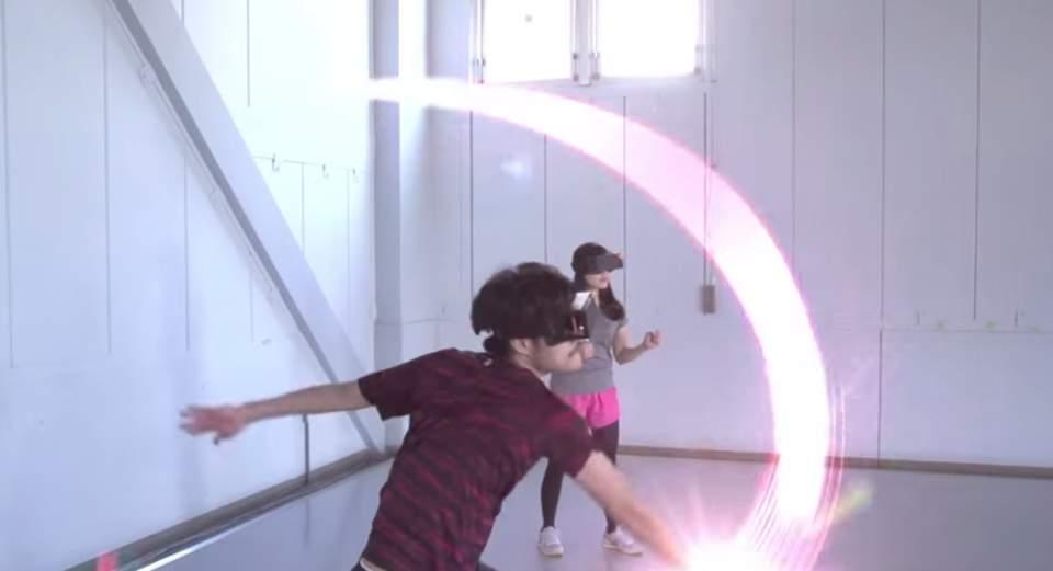 手から波動や光線が出せる! HMDとスマートウォッチを使ったゲームで子供時代の夢を叶えませんか? 4番目の画像