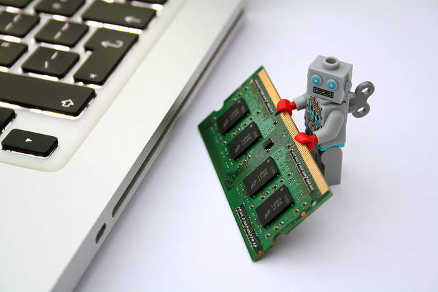 【スマホ戦国時代】発展し続けるスマホの未来。次の変化は画面と分離orロボット化!? 2番目の画像