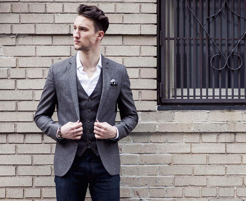 着こなし次第でオフィス服の定番に。デニムとジャケットでビジネススタイルを作ろう 1番目の画像