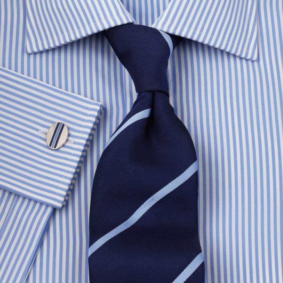 柄に柄を重ねるパターンオンパターンの定番スタイル。お洒落な男は知ってるベストな組み合わせ 2番目の画像