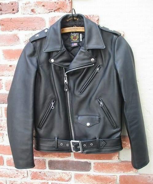 革製品にこだわる男にセンスを感じる。この春、手に入れたい高品質なレザージャケット3選 4番目の画像