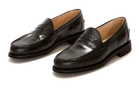足元で感じる格別な「革」。履くほどに足に馴染むレザーシューズ3選 4番目の画像