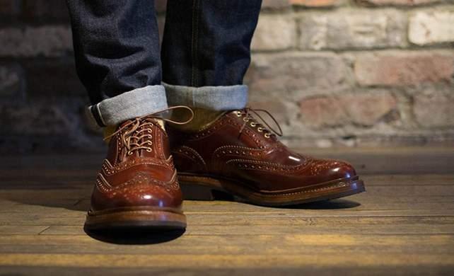 足元で感じる格別な「革」。履くほどに足に馴染むレザーシューズ3選 1番目の画像
