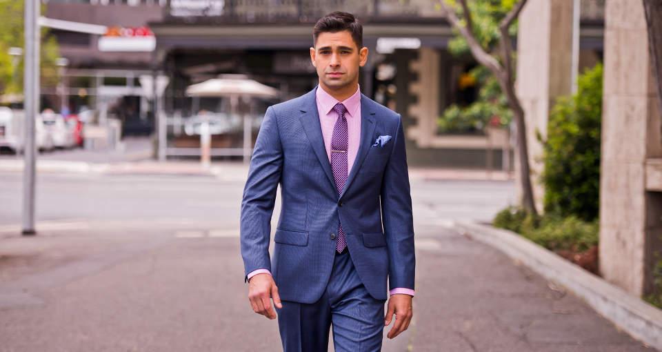 スーツスタイルに一歩差をつけるなら、流行の色に注目!お洒落な男はいつだって季節感を意識する 1番目の画像