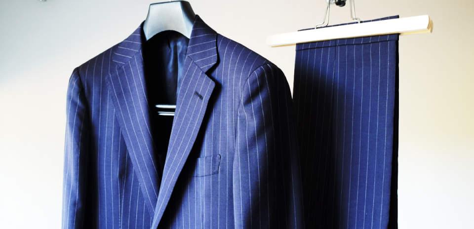 スーツの着こなしは「保管方法」を知ることから。着こなしがカッコイイ男は毎日の手入れを欠かさない 3番目の画像