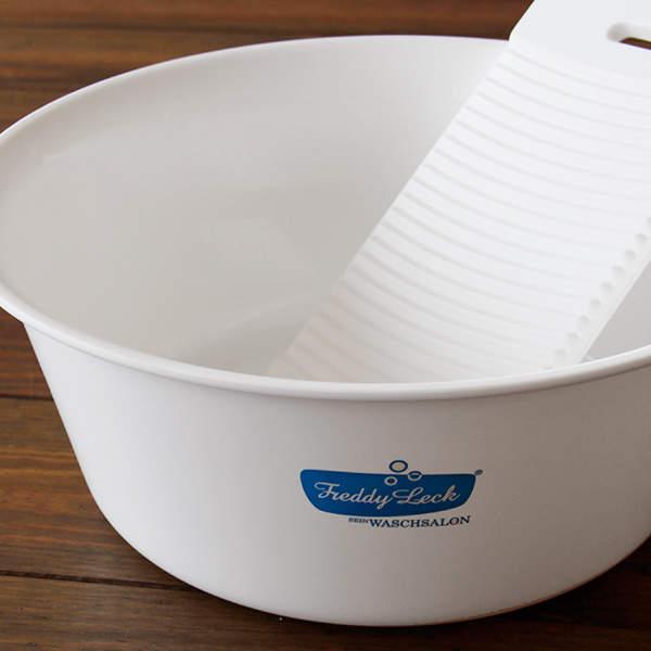 その洗濯の仕方ではパーカーがすぐダメになる。良い状態で長く着るには正しい洗濯方法の実践から 3番目の画像