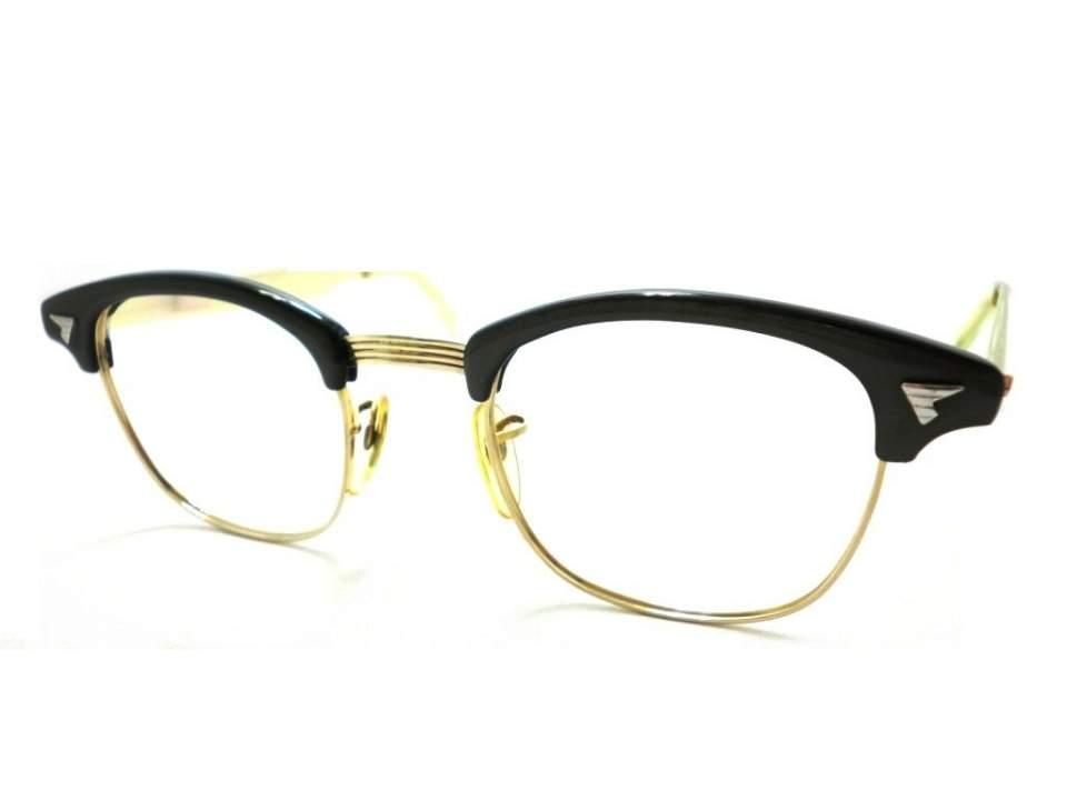 一番似合う「お洒落メガネ」の形とは? 自分の顔に合うメガネは輪郭で選ぶ 5番目の画像