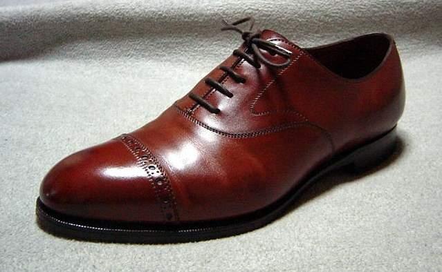 ビジネスシューズにこだわる大人はカッコいい。一生使える高品質な一足として人気のブランド4選 3番目の画像