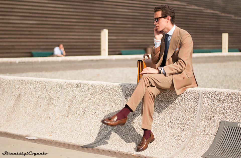 周りに与える印象はスーツの色でガラッと変わる。デキる男はシーンに合わせてスーツを使い分ける 5番目の画像
