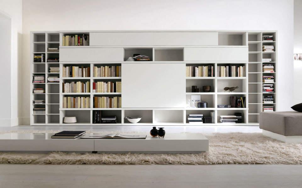 本をスマートに収納すると、インテリアとして美しくみえる。スペースを活用した本棚の収納実例まとめ 1番目の画像