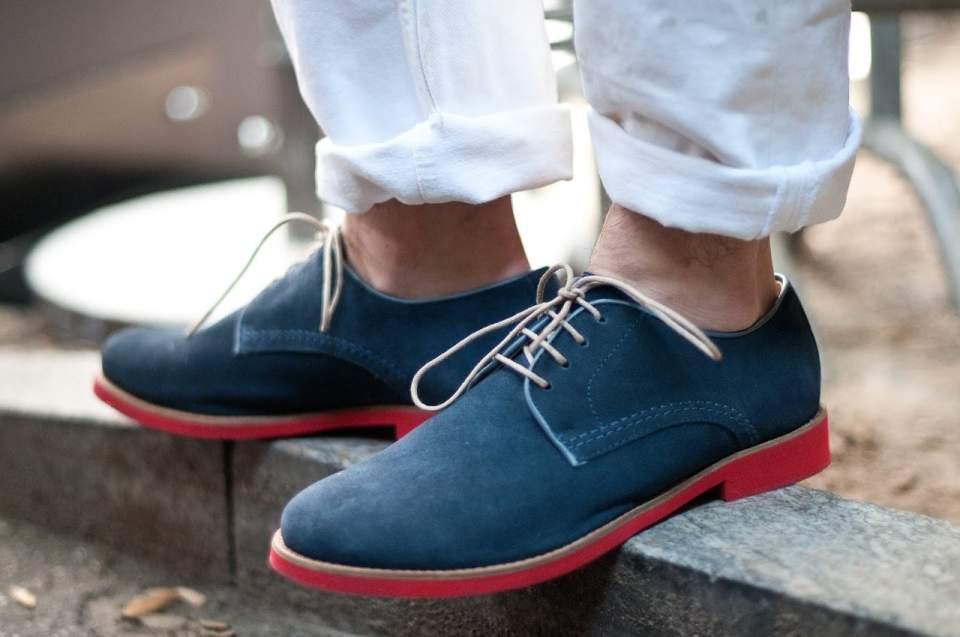 実は簡単だったスエード靴のお手入れ。3つの手順を踏めば、1日10分でケアできる! 1番目の画像