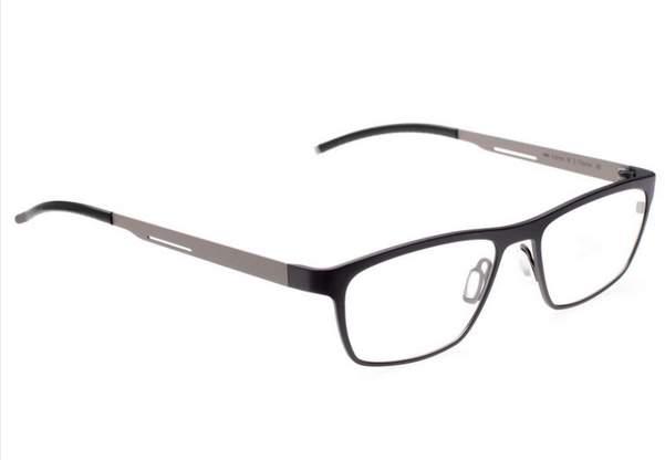 ファッション性の強いメガネはスーツに合わせてOK? 知的でお洒落な雰囲気を演出するための指南書 4番目の画像