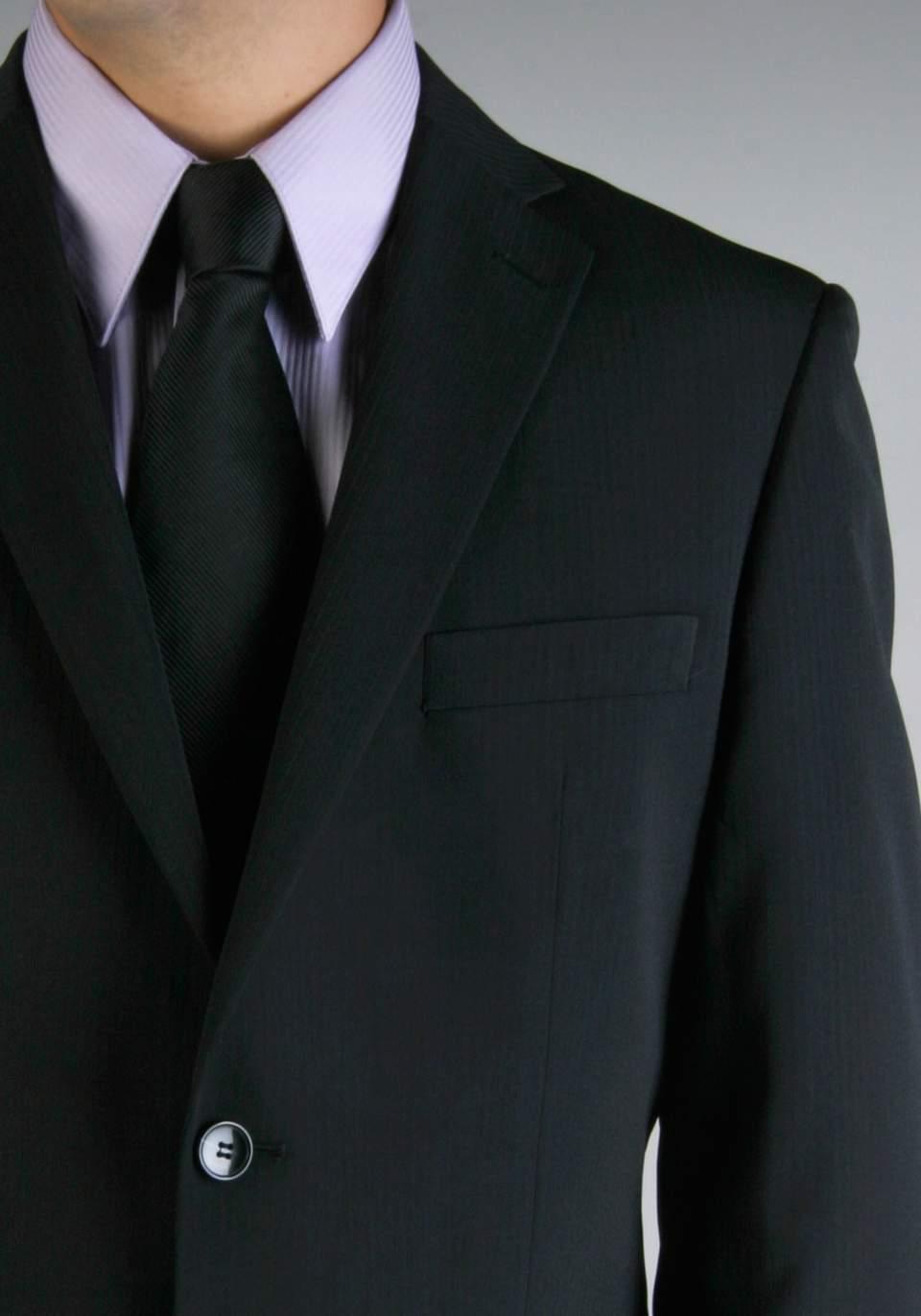 結婚式の二次会に参加する際のベストな服装は? 意外と悩みがちな問題も基礎を知れば、怖くない! 2番目の画像
