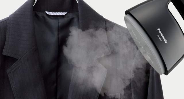 スーツにアイロンを使用するのはNG。ジャケットについたシワは「スチーム機能」を使ってとるのが正解 3番目の画像