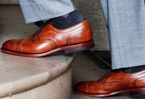 ユニクロの「まとめ買い」から脱却。スーツスタイルを格上げしたいなら、このブランドの靴下が外せない 1番目の画像