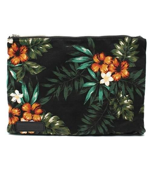難易度高めな「花柄」や「ボタニカル柄」もバッグなら取り入れやすい。お洒落初心者にオススメのバッグ 4番目の画像