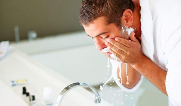 メンズ洗顔の意外な落とし穴? 脂肌や匂いが気になる人に捧げるおすすめの洗顔料まとめ 2番目の画像