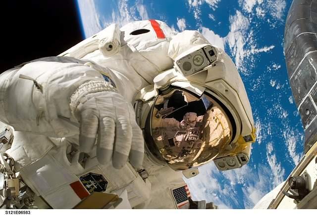 週休2日で残業あり、ただし勤務地は宇宙。世界で活躍する宇宙飛行士、その知られざる仕事内容とは? 1番目の画像