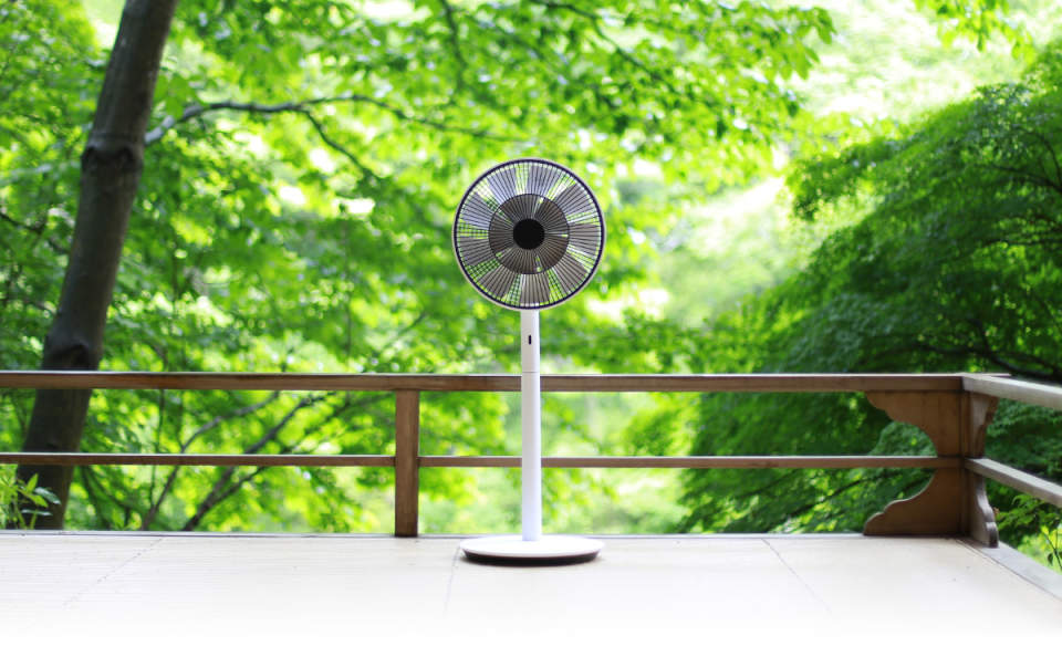 夏本番はもうすぐそこ。今の時期にチェックしておきたいデザインが優れた扇風機 3番目の画像