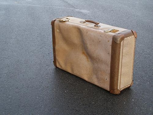 """持ち運びがラクラクできる軽さ。スーツケースを買うならこだわりたいのは""""軽量であること"""" 1番目の画像"""