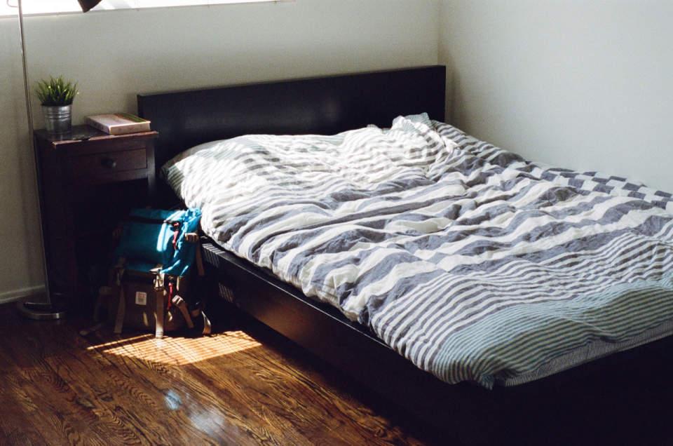 柔らかい羽根のようなベッドは身体に悪かった。快適な睡眠を取るためのマットレスの選び方 1番目の画像