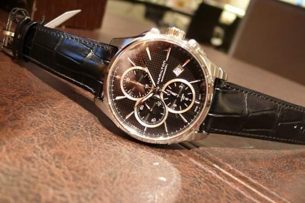 頑張っている自分へのご褒美に。ちょっと高級なメンズ腕時計ブランド3選 2番目の画像