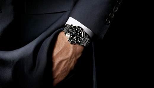 """あなたと同じ""""刻""""を刻み続ける。究極のこだわりが詰まった「自動巻き腕時計」の魅力とは? 1番目の画像"""